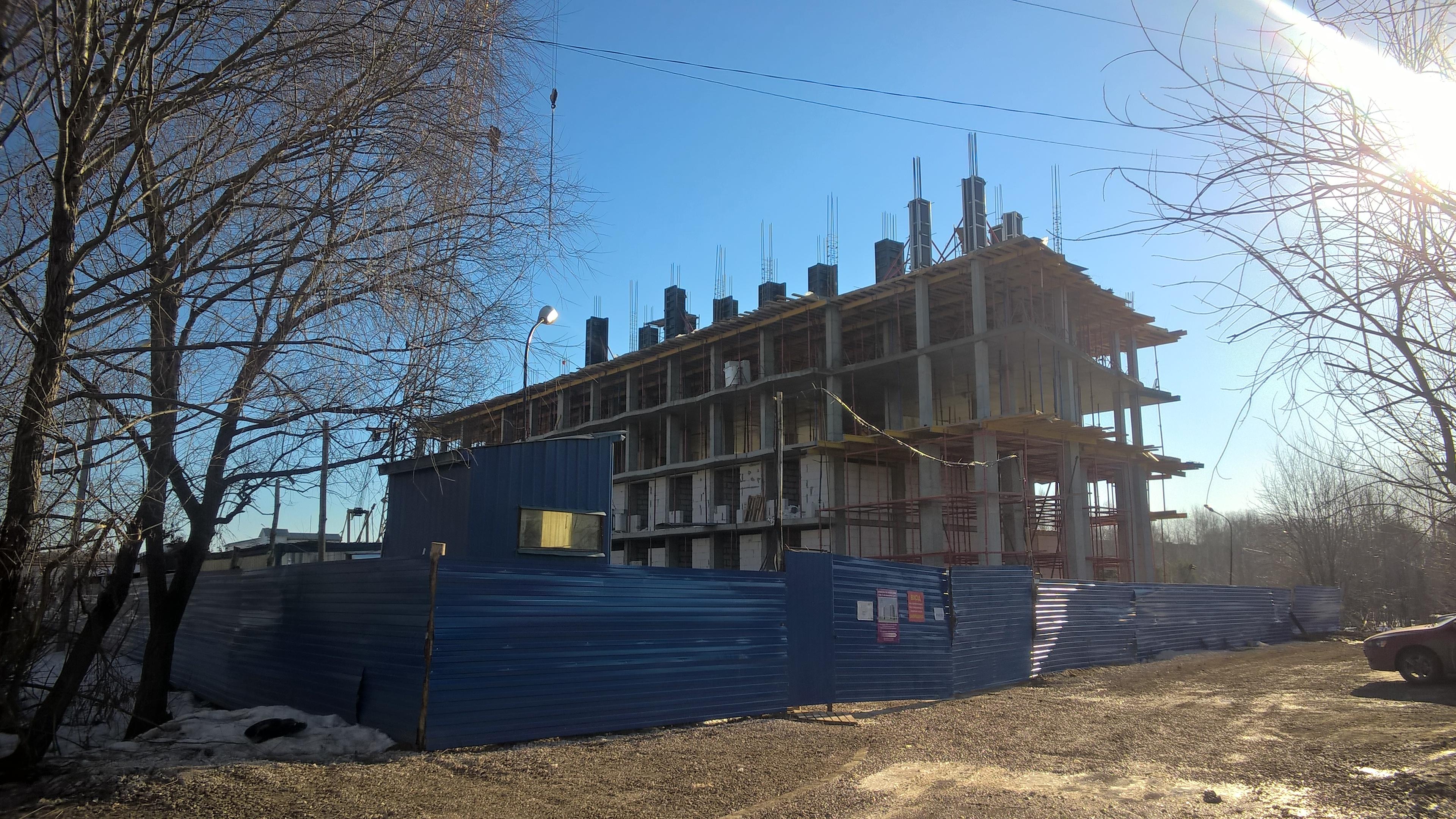Железобетонный монолитный каркас, стадия строительства жилого дома, монолитный каркас