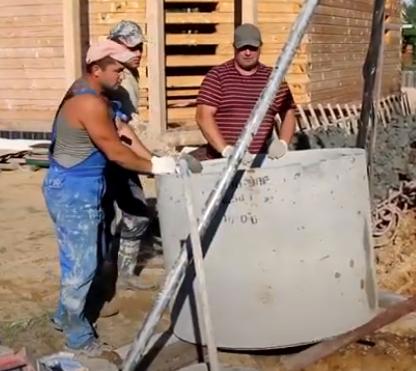 Строительство колодца под воду у себя на участке